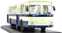 1:43 Ликинский автобус 677, бело-синий