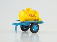 1:43 Прицеп-цистерна АЦПТ-0,9 для перевозки кваса (жёлтый/олубой)