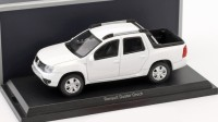 1:43 RENAULT Duster Pick-Up Oroch 4 WD 2017 White