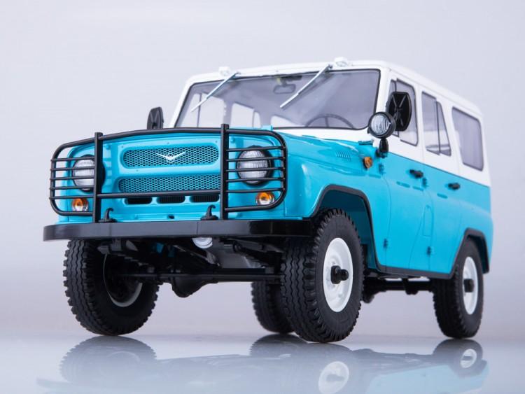 1:18 УАЗ-31514 голубой/белый