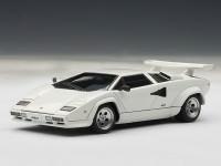 1:43 Lamborghini Countach 5000 S [всё открывается] (white)