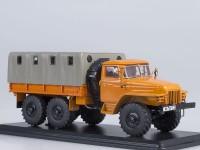 1:43 Уральский грузовик 375Д бортовой с тентом (оранжевый)