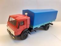 1:43 КАМский грузовик-5325 красный с синим тентом