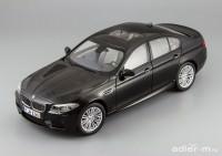 1:18 BMW M5 (F10M) (black sapphire)