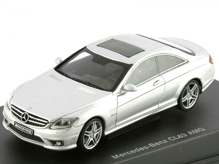 1:43 Mercedes-Benz CL63 AMG (silver)