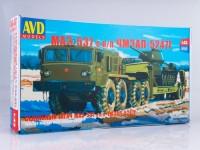 1:43 Сборная модель МАЗ-537 с полуприцепом ЧМЗАП-5247Г