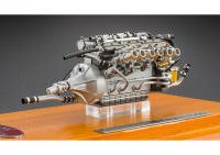 1:18 Maserati 300 S Engine including Showcase