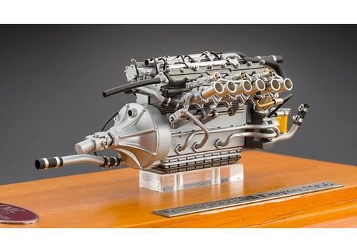 1:18 Maserati 300 S Engine including Showcase