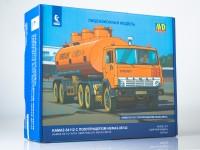 1:43 Сборная модель КАМский грузовик-54112 с полуприцепом НЕФАЗ-96742