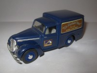 "1:43 Commer 8 CWT Van 1948 ""His Master's Voice"""