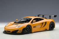 1:18 McLaren MP4-12C GT3 Presentation Car 2011 Orange Metallic