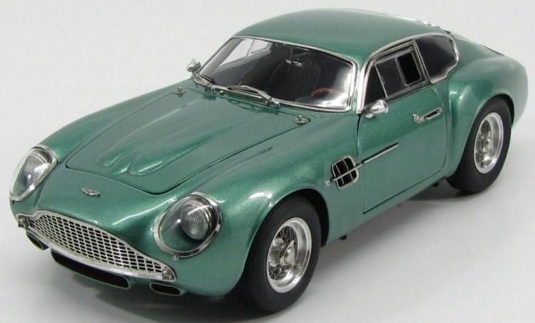 1:18 Aston Martin DB4 GT Zagato 1961 (green met.)