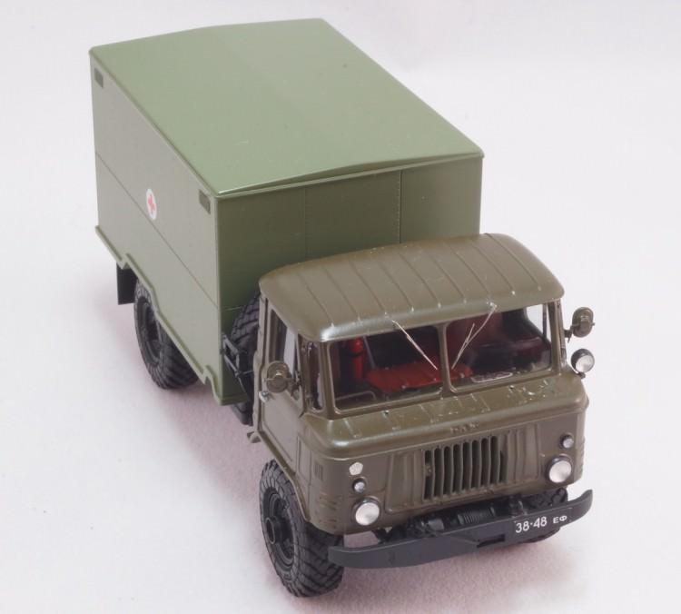 1:43 Горький-66-05 фургон ГЗСА-3713 для перевозки медикаментов образца 1973 года