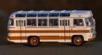1:43 Павловский автобус 672 бело-жёлтый