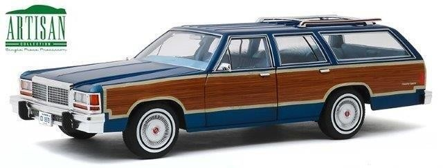 1:18 FORD LTD Country Squire 1979 Midnight Blue/Wood