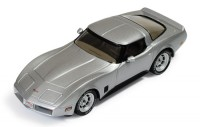 1:43 CHEVROLET CORVETTE C3 1980 Silver/Black