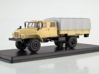 1:43 Миасский грузовик 43206-0551 (песочный)