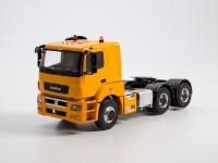 1:43 Камский грузовик 65206 седельный тягач, желтый