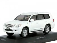 1:43 Lexus LX570 2010 (тираж 412 шт.) Pearl White