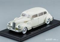 1:43 Packard 180 7 Passenger Limousine 1942 (biege)