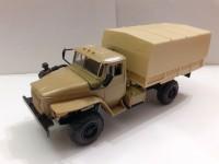 1:43 Уральский грузовик 43206 с тентом (песочный)