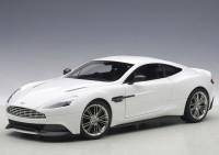 1:18 Aston Martin Vanquish 2015 (white)