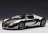1:18 Bugatti Veyron EB 16.4 Pur Sang (black / aluminium casting)