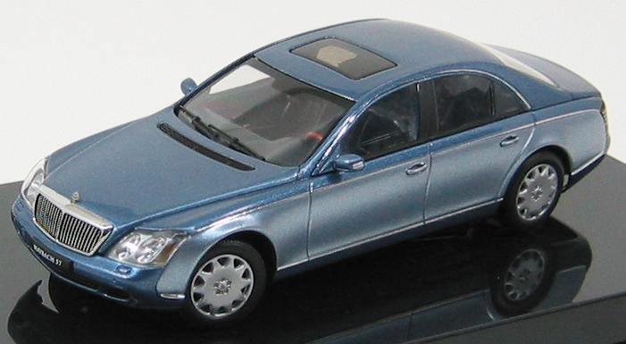 1:43 Maybach 57 SWB 2003 (cote d'azur blue middle/cote d'azur blue bright)