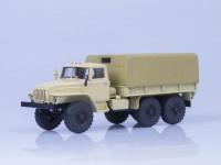 1:43 Миасский грузовик 4320 бортовой с тентом (бежевый)
