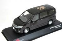 1:43 Nissan Serena Highway Star S Hybrid 2013 (aurora mauve)