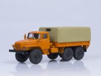 1:43 Миасский грузовик 4320 бортовой с тентом (оранжевый)
