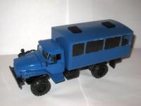 1:43 Уральский грузовик 43206 вахтовый автобус с низкой крышей (синий)-дефект