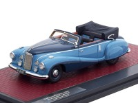 "1:43 MERCEDES-BENZ 320A (W142) Spezial Cabriolet ""Tan Tjoan Keng"" 1948 Light Blue/Blue"