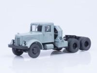 1:43 ЯАЗ-210Д седельный тягач, серый