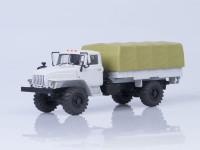 1:43 Уральский грузовик 43206 4х4 бортовой с тентом