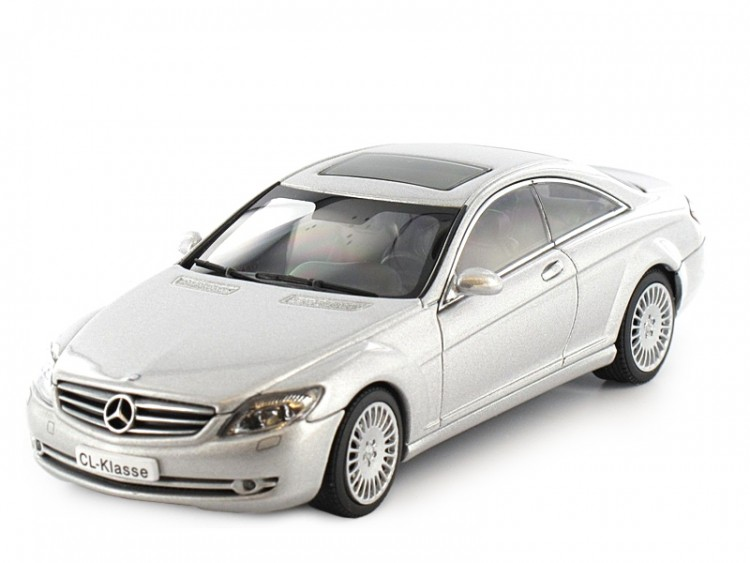 1:43 Mercedes-Benz CL Coupe 500 2006 (silver)