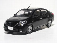 1:43 Nissan Tiida / Latio (pure black)
